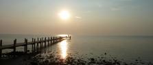 Die allabendliche Aussicht vom Sailing Club in Kep